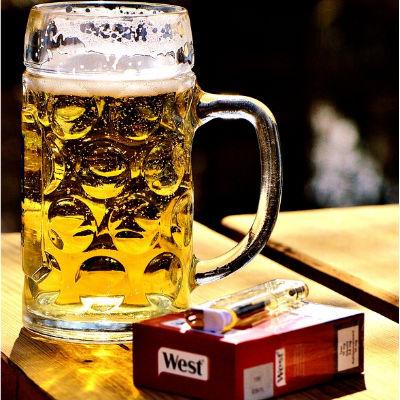 Cigarrillos y alcohol