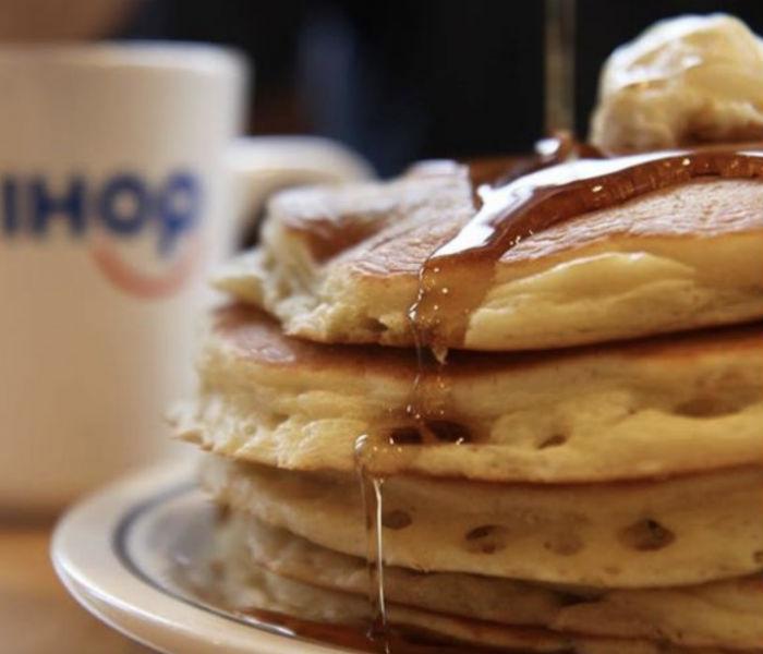 Pancakes GRATIS en IHOP