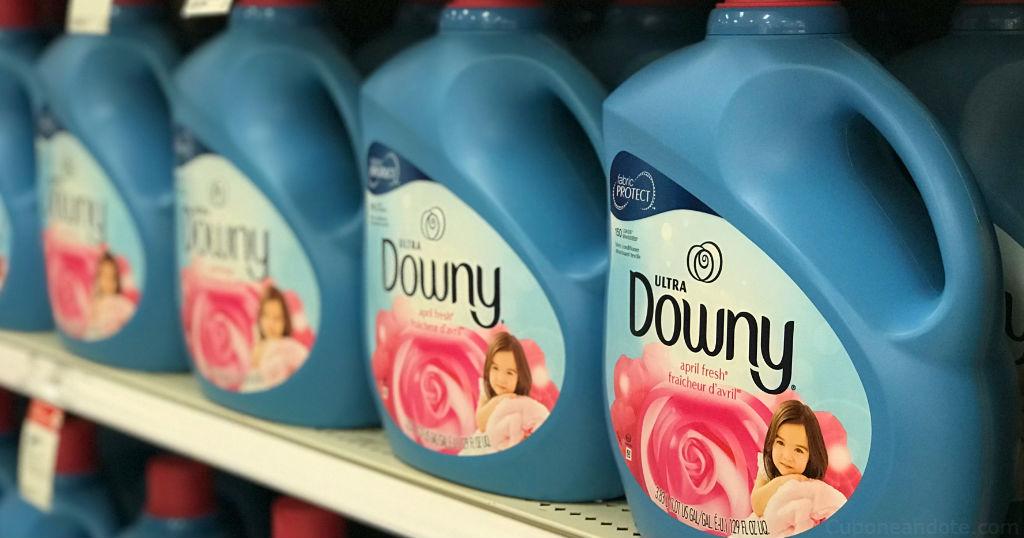 Suavizador liquido Downy de 129 oz