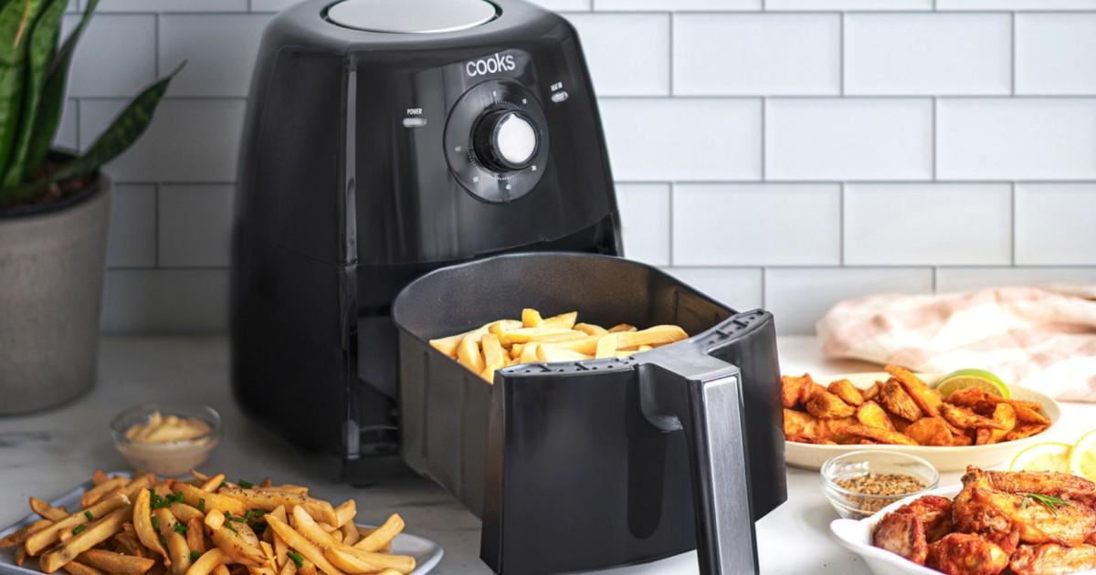 Freidora de Aire Cooks de 3.7-Qt SOLO $44.99 en JCPenney (Reg $120)